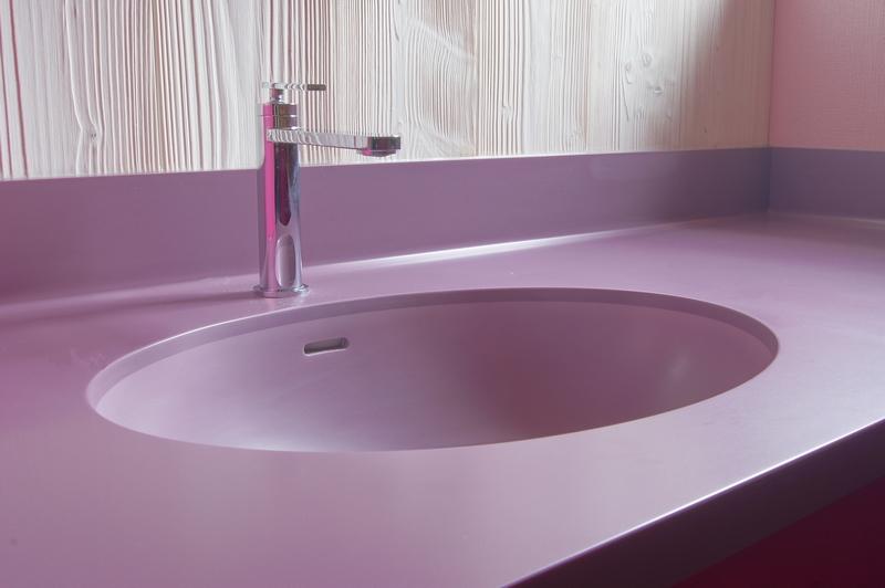 vasque corian. Black Bedroom Furniture Sets. Home Design Ideas